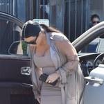 Cieżarna Kim Kardashian w tych butach mogła sobie zrobić krzywdę!