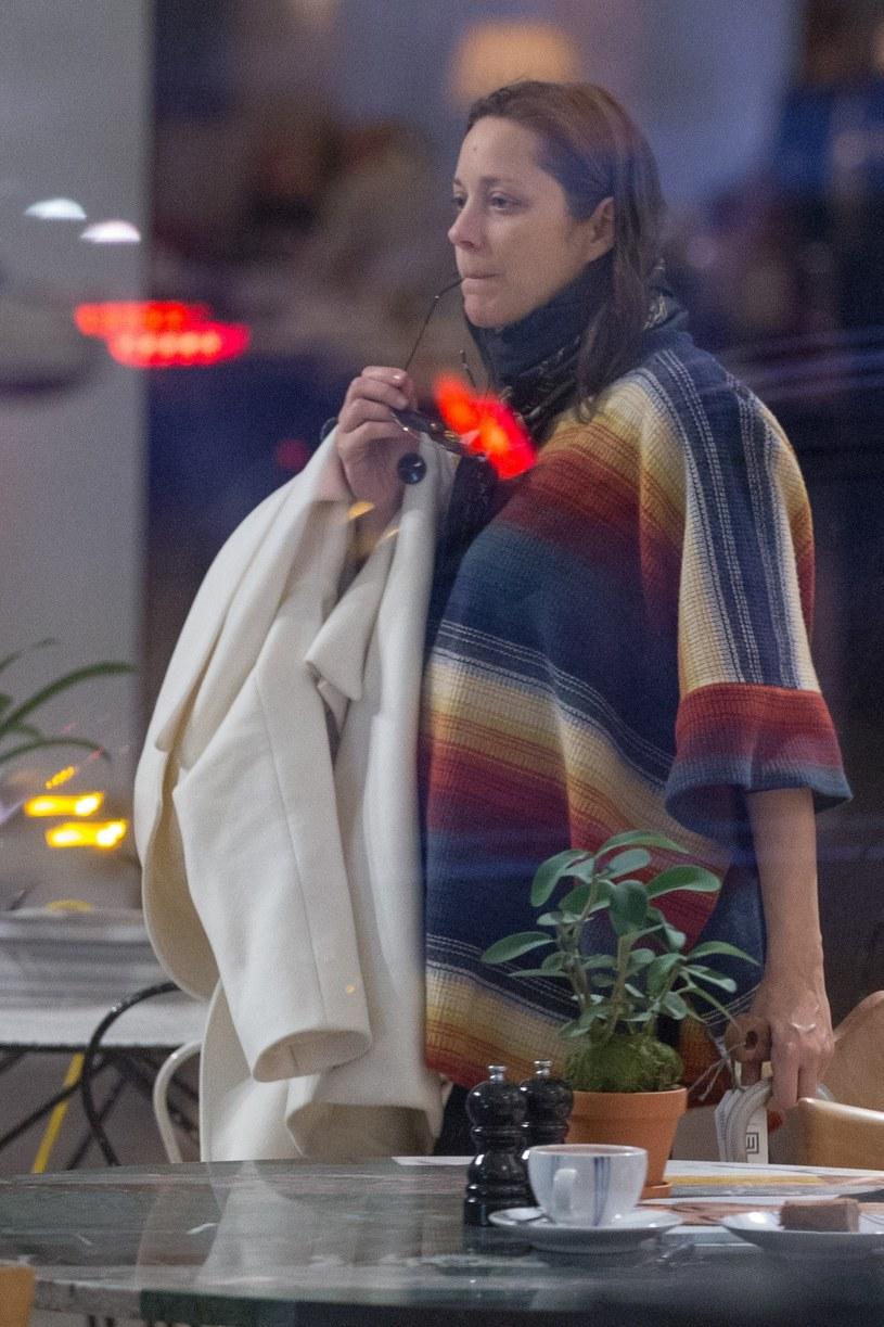 Ciężarna Marion Cotillard /Splash News /East News