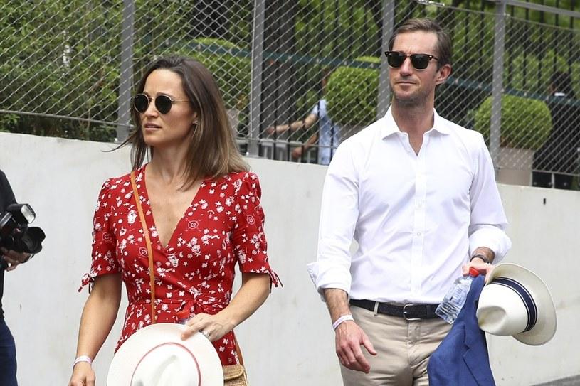 Ciężarna Pippa Middleton z mężem /Gwendoline Le Goff/Panoramic/Starface /East News