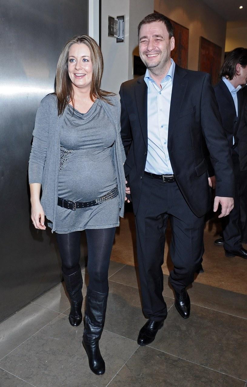 Ciężarna Rozenek z byłym mężem /- /East News