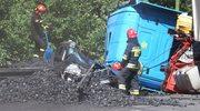 Ciężarówka z węglem przygniotła osobówkę. Nie żyje 57-latka