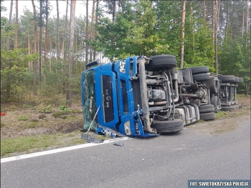 Ciężarówkę prowadził 42-letni kierowca /