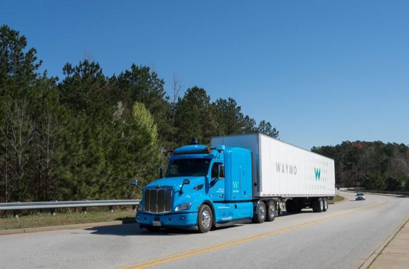 Ciężarówki Waymo niebawem ruszą na nowe trasy - jednym z kluczowych elementów autonomicznych ciężarówek nowej generacji będzie sieć 5G /materiały prasowe