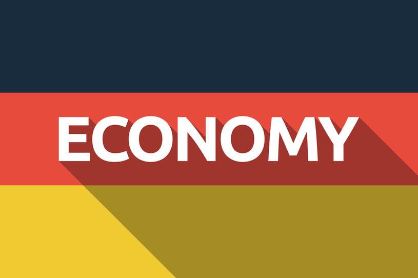 Ciężka recesja przed Niemcami... /123RF/PICSEL