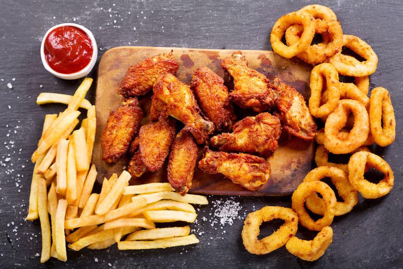 Ciężkostrawny posiłek /©123RF/PICSEL