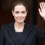 Ciotka Jolie zmarła na raka piersi