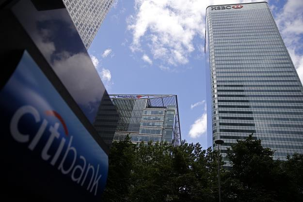 Citibank w dzielnicy finansowej Canary Wharf w Londynie. Fot. ODD ANDERSEN /AFP