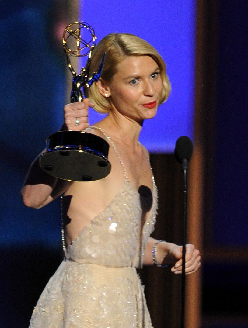 Claire Danes z nagrodą dla Najlepszej aktorki w serialu dramatycznym /Kevin Winter /Getty Images