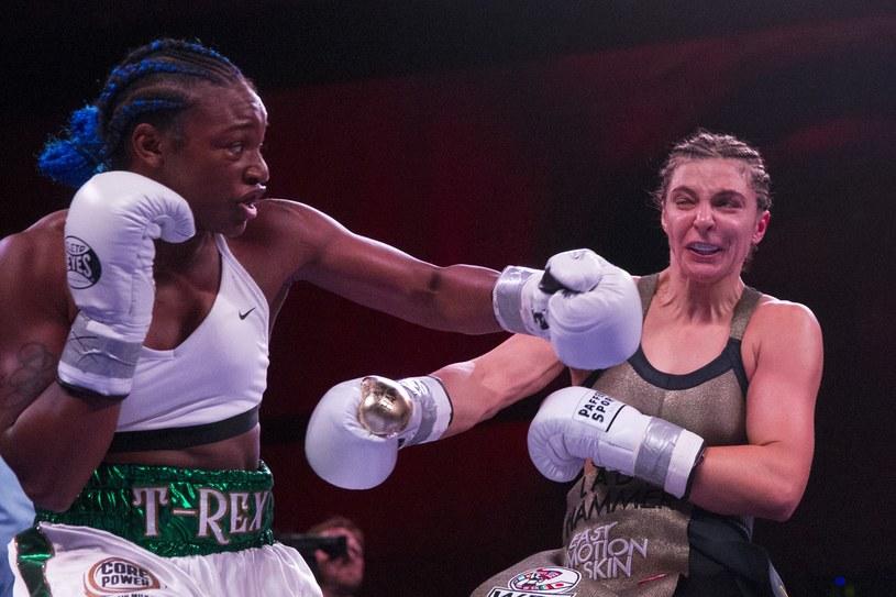 Claressa Shields (z lewej) /AFP