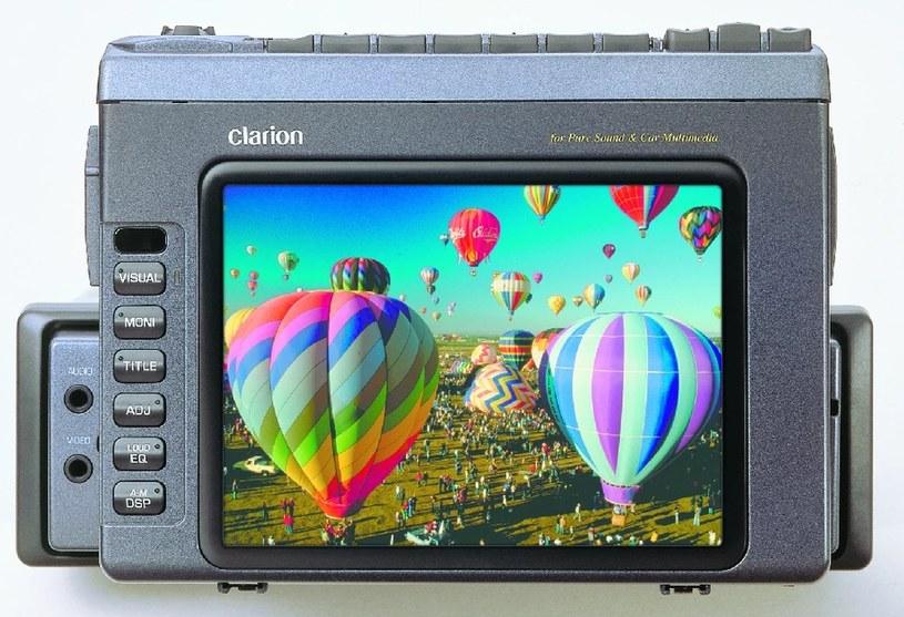 Clarion VRX8470 - przedstawiciel raczkujących systemów multimedialnych /materiały prasowe