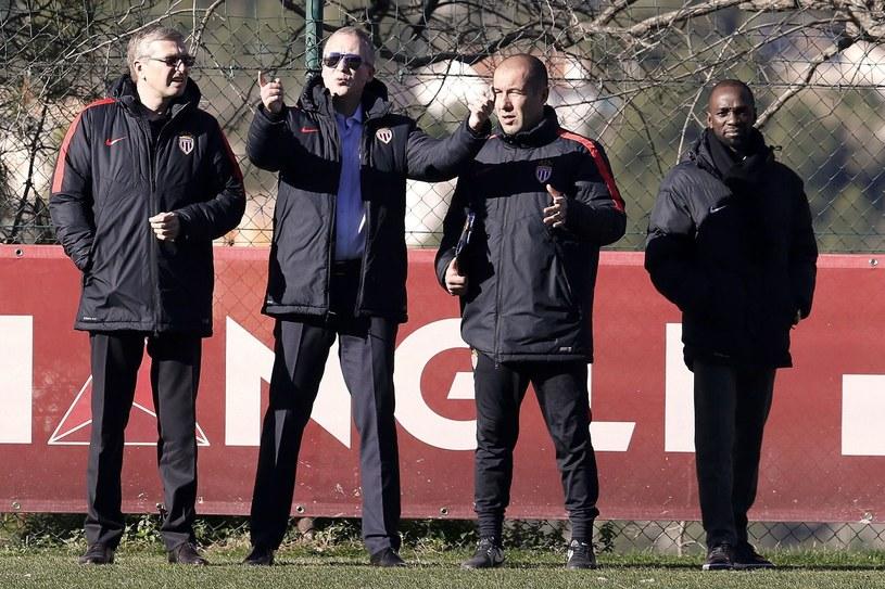 Claude Makelele (z prawej) w 2016 r. był dyrektorem sportowym AS Monaco. Od lewej: Dmitrij Rybołowlew (właściciel), wiceprezes Wadim Wasiljew i trener Leonardo Jardim.(2ndR), next to French technical director /AFP