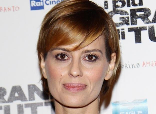 Claudia Pandolfi woli asymetryczną fryzurę /Getty Images/Flash Press Media