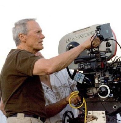 Clint Eastwood przy pracy /AFP
