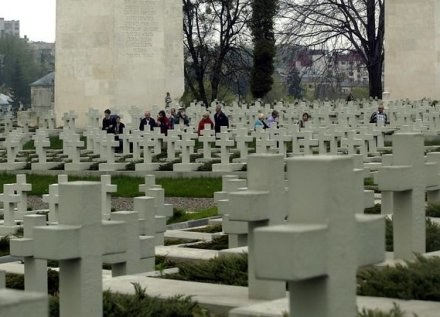 Cmentarz Orląt Lwowskich / fot. P. de Ville /Agencja SE/East News