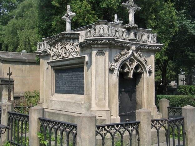 Cmentarz Rakowicki/fot. M. Grzyb /RMF