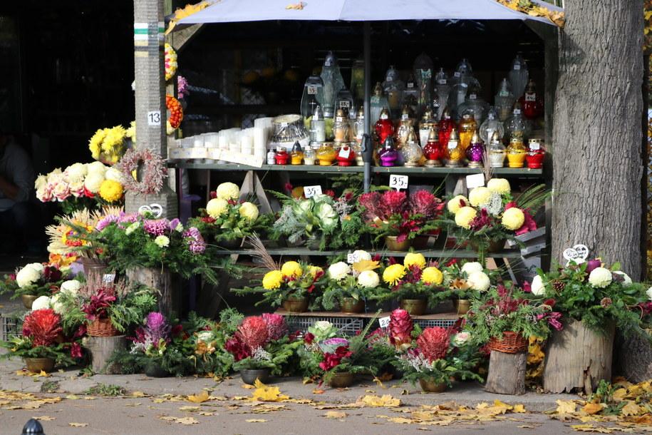 Cmentarze będą zamknięte od soboty do poniedziałku /Józef Polewka /RMF FM