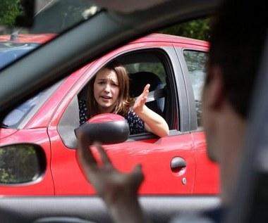 Co cię najbardziej denerwuje za kierownicą?
