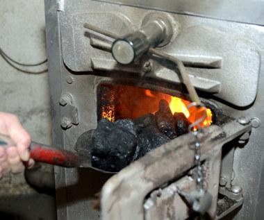 Co dalej z zakazem palenia węglem w Warszawie?