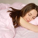 Co jeść przed snem, aby ułatwić sobie zasypianie?