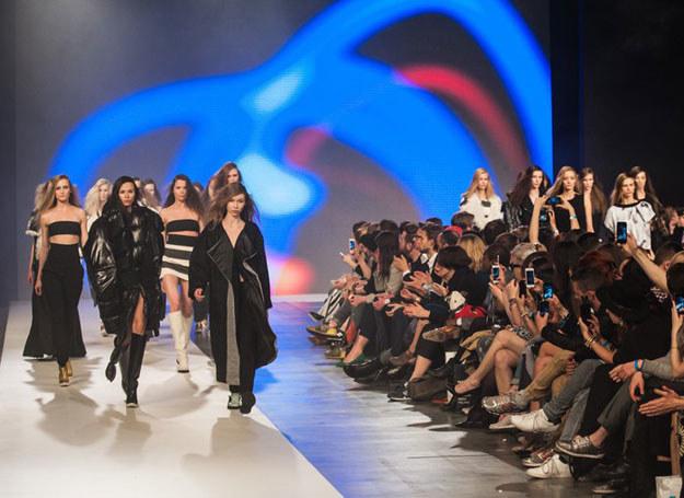Co najmniej 18 projektantów zaprezentuje swoje premierowe kolekcje podczas 11. edycji FashionPhilosophy Fashion Week Poland /Agencja SE/East News