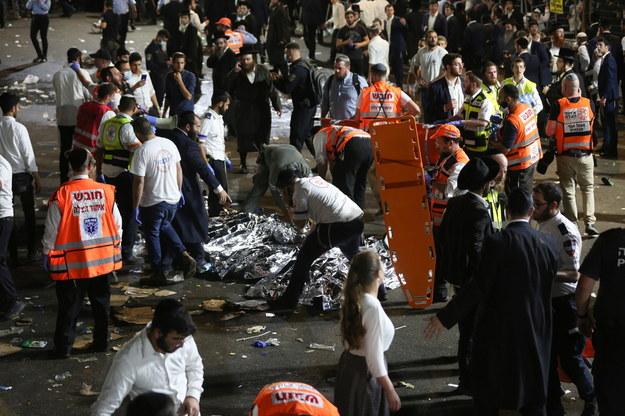 Co najmniej 38 osób zginęło w wyniku paniki, jaka wybuchła podczas religijnego zgromadzenia ultraortodoksyjnych Żydów /PAP/EPA/DAVID COHEN /PAP/EPA