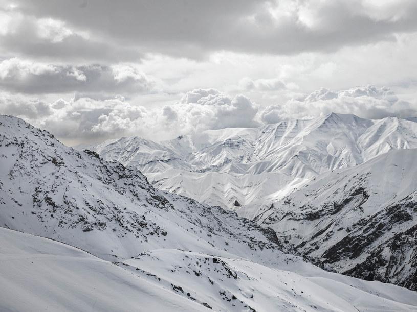 Co najmniej osiem ofiar burzy śnieżnej w górach na północ od Teheranu / Newsha Tavakolian /Agencja FORUM