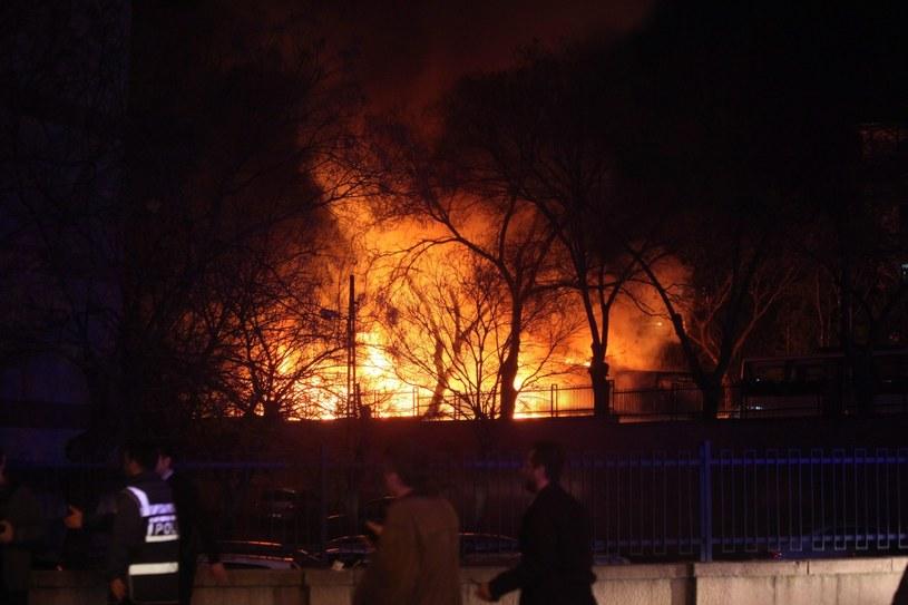 Co najmniej pięć osób zginęło w wybuchu w Ankarze /PAP/EPA