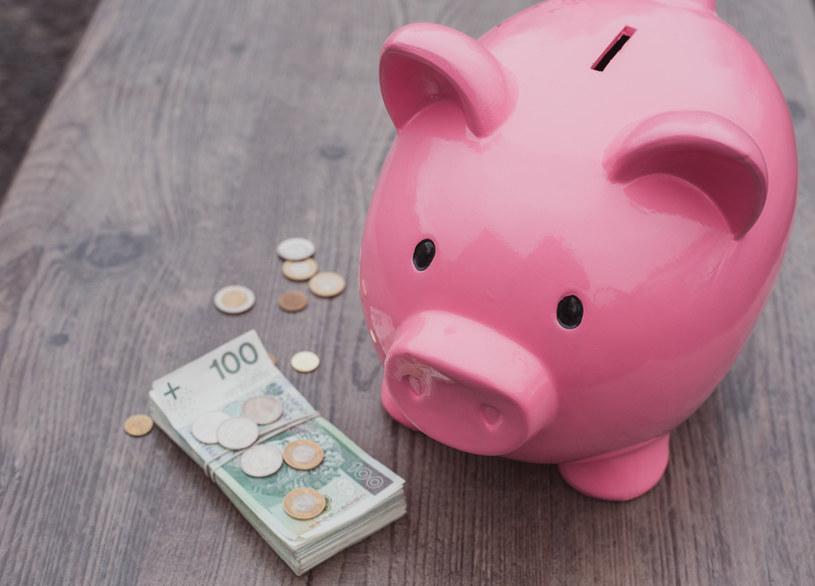 Co najmniej przez dwa lata inflacja będzie działała znacznie szybciej niż banki dopisywać będą odsetki do depozytów /123RF/PICSEL