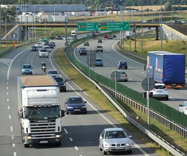 Co piąte zdarzenie na autostradzie to efekt zbyt małych odstępów między pojazdami