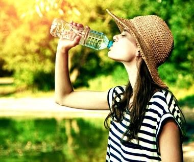 Co pić w trakcie upałów?