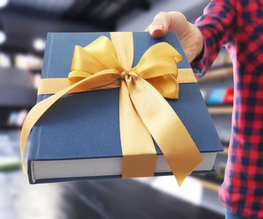 Co podarować jej pod choinkę? Te prezenty mają wielką moc!