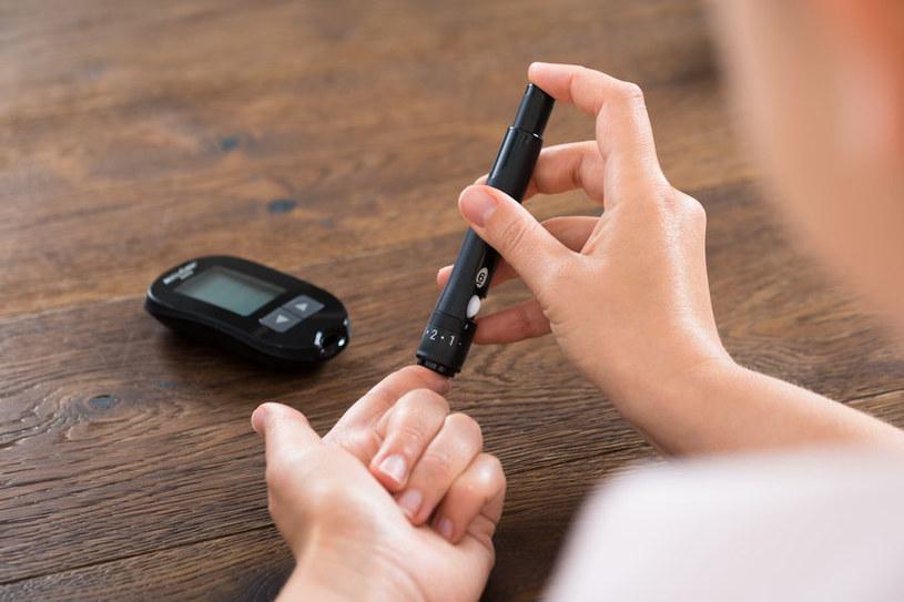 Co powinni jeść cukrzycy? /©123RF/PICSEL