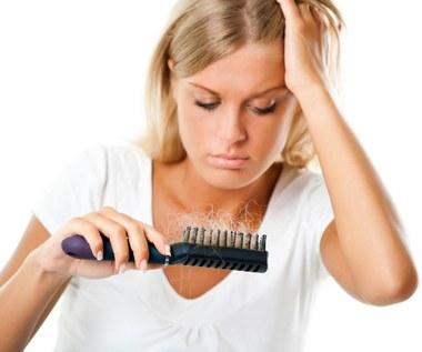 Co powoduje łysienie i jak temu zapobiec?