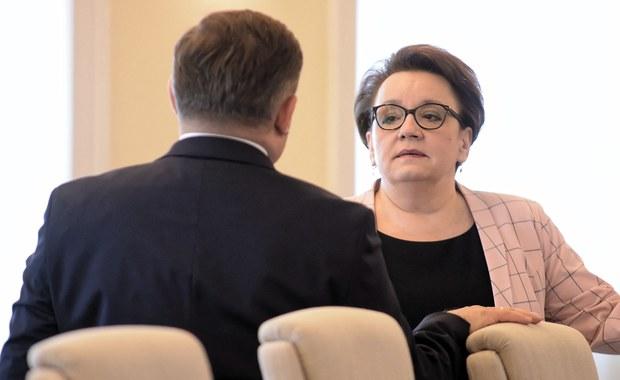 Co robi Anna Zalewska? Większość zadań wykonują jej zastępcy