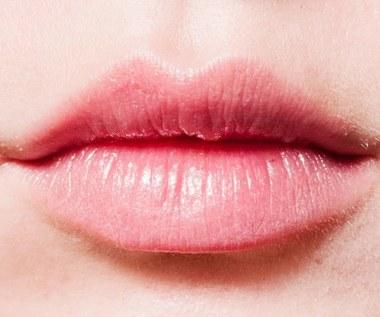 Co robić, gdy pękają kąciki ust?