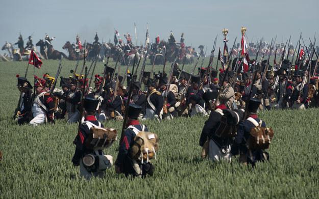 Co roku pod Waterloo rekontruowana jest ostatnia bitwa Napoleona /JOHN THYS /AFP