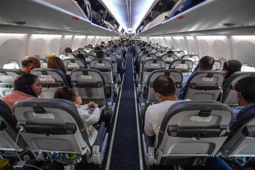 Co się stanie, kiedy człowiek wypadnie z samolotu? /AFP