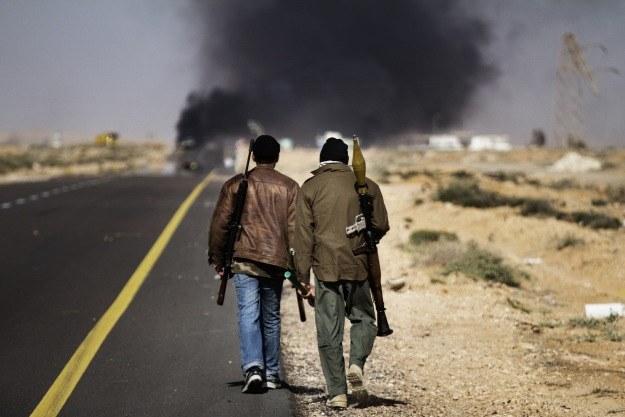 Co się stanie z powstańcami jeśli Kadafi wygra? /AFP