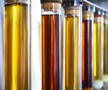 Co to jest żółcień chinolinowa i jak wpływa na organizm?
