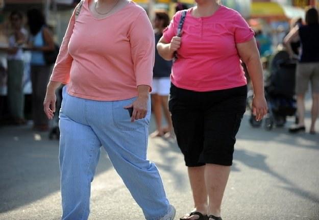 Co trzeci Amerykanin przyznaje, że usiłuje zrzucić kilka lub kilkanaście kilogramów /AFP