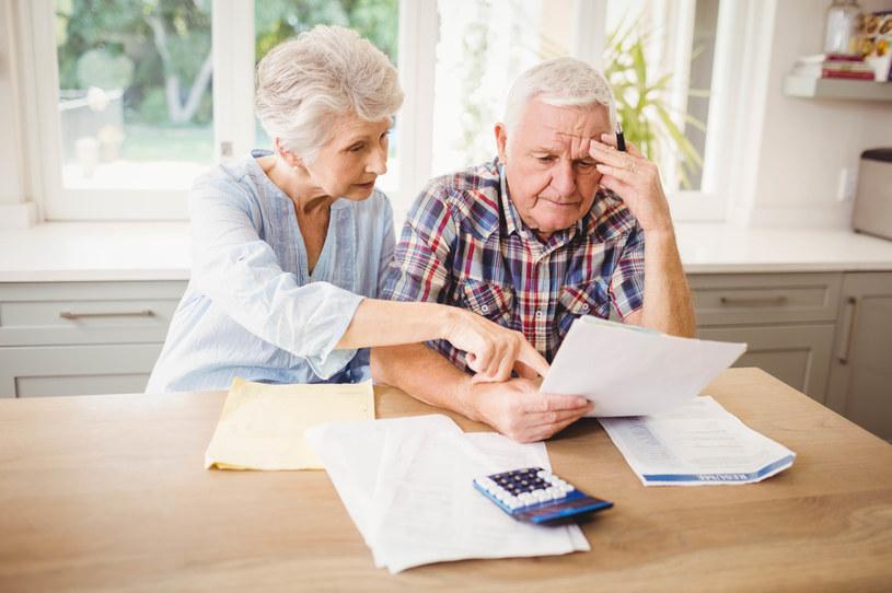 Co trzeci emeryt otwarcie przyznaje, że rezygnuje z zakupu niektórych rzeczy (zdj. ilustracyjne) /123RF/PICSEL