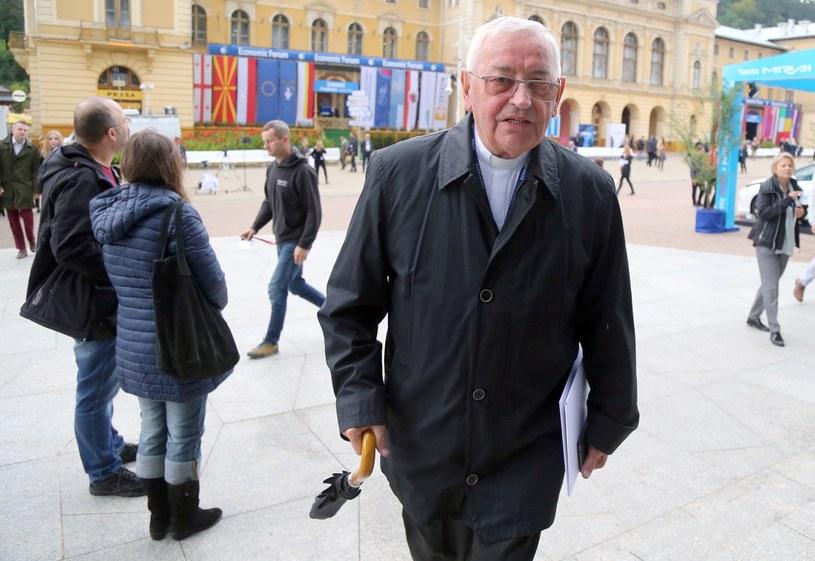 """""""Co z ciebie za biskup?"""" - mawiali w żartach inni księża o Tadeuszu Pieronku /Fot. Tomasz Radzik/Agencja SE /East News"""