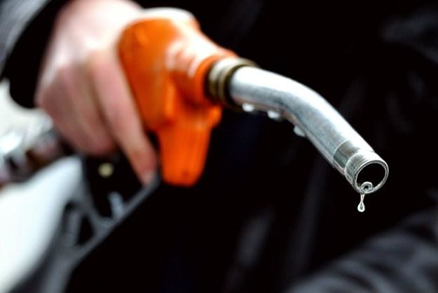 Co z tym paliwem? /AFP