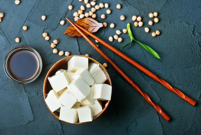 Co zawiera tofu? /©123RF/PICSEL