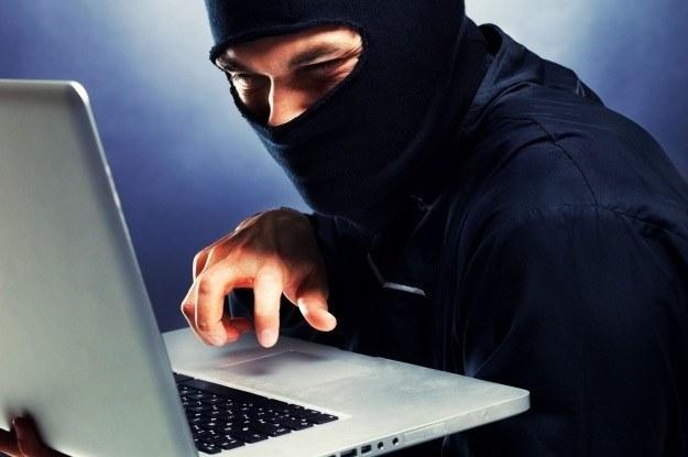 Co znajdzie się w sferze zainteresowania cyberprzestępców w 2018 roku? /123RF/PICSEL