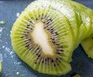 Co zrobić, aby owoc kiwi szybciej dojrzał?