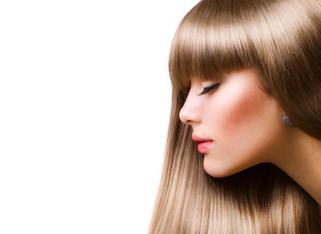Co zrobić, aby włosy były lśniące? /123RF/PICSEL