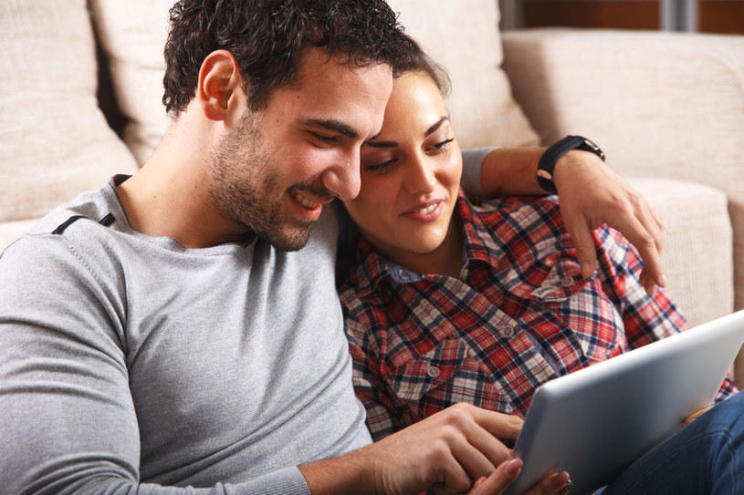 Co zrobić, by kredyt w obcej walucie spłacać taniej? /materiały prasowe