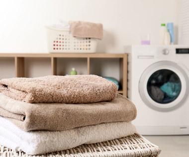 Co zrobić, żeby ręczniki po praniu były miękkie?