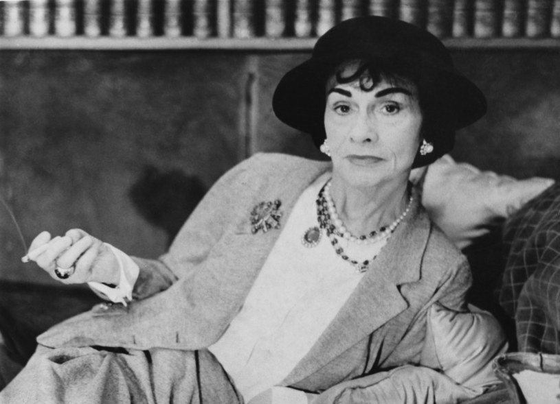 Coco Chanel była jedną z najbardziej wpływowych osób mody /Getty Images
